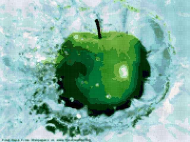 Яблоко в воде, предпросмотр