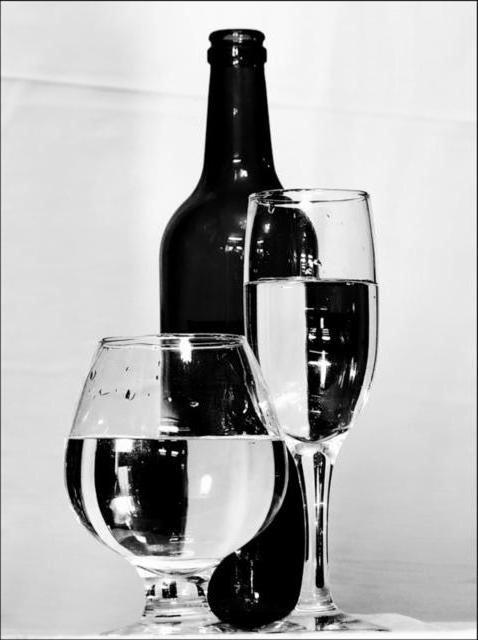 Бокалы и вино, бокалы, стекло,