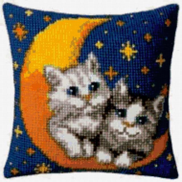 Подушка- котята, предпросмотр