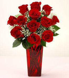 Red Roses in Red Vse, рози, цветы, ваза