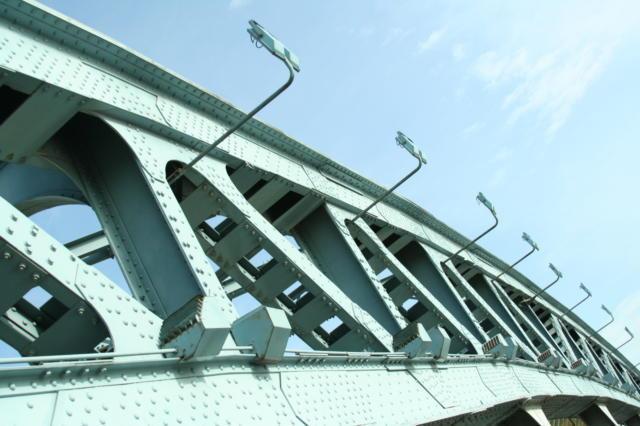 Мост, мост, нескучный сад,
