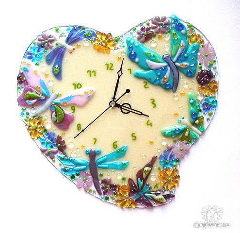 Сердце мамы, часы, бабочки,