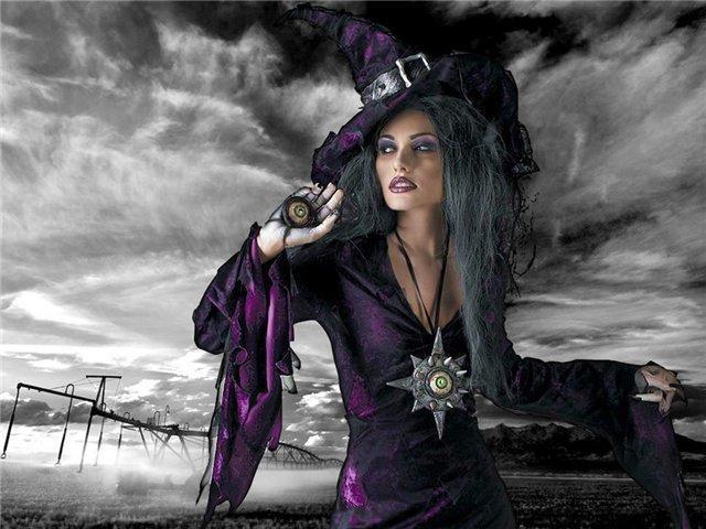 Ведьма фэнтези, оригинал