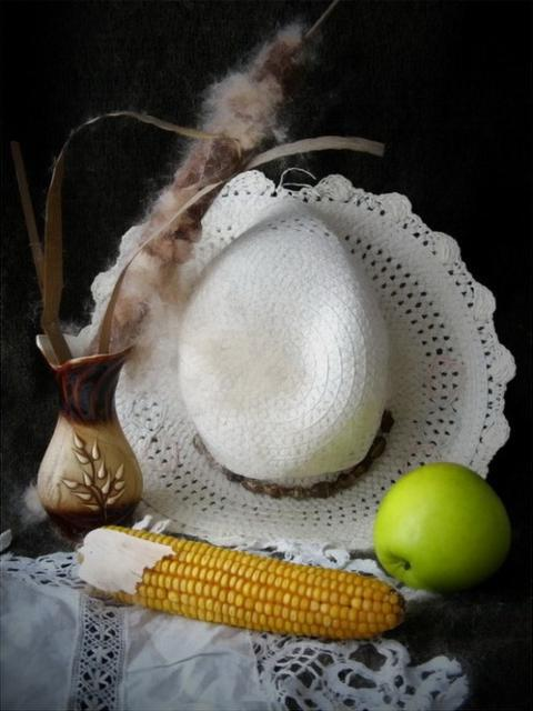 Натюрморт со шляпой, картина,