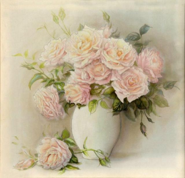Розы в белой вазе, натюрморт,
