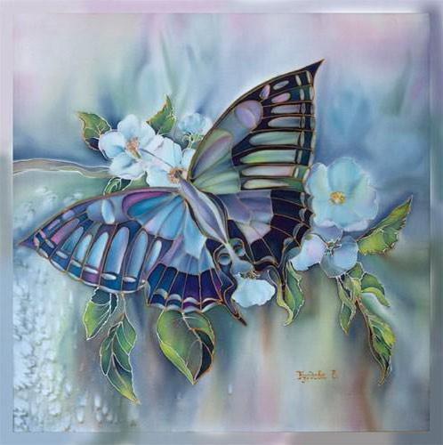 Бабочка на цветке, подушка,