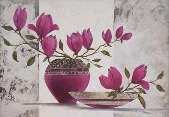 Розовая магнолия, цветы