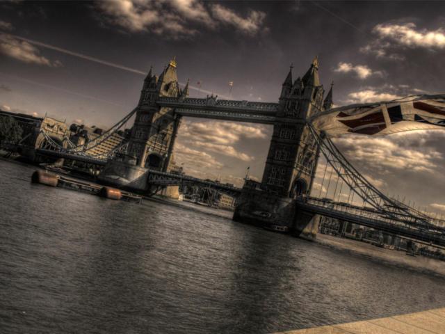 Оригинал · Тауэрский мост: