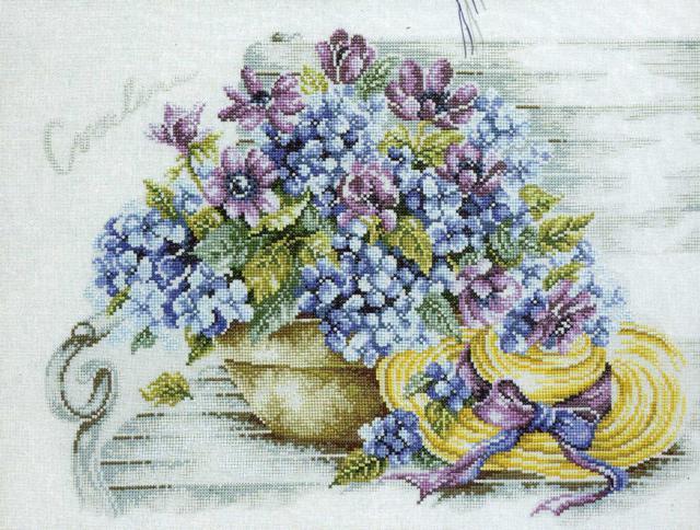 Схемы вышивки крестом натюрмортов из цветов