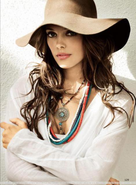 Девушка в шляпе , оригинал