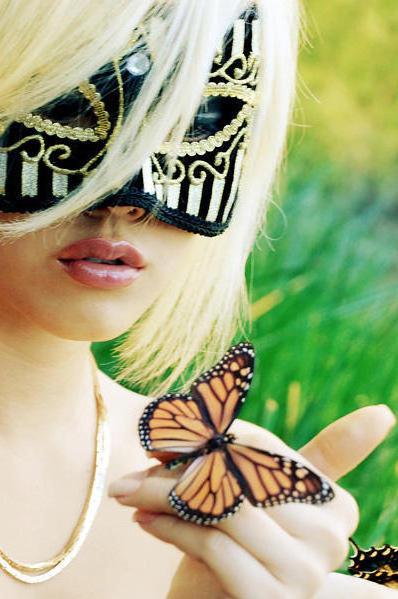 Схема вышивки Маска-бабочка