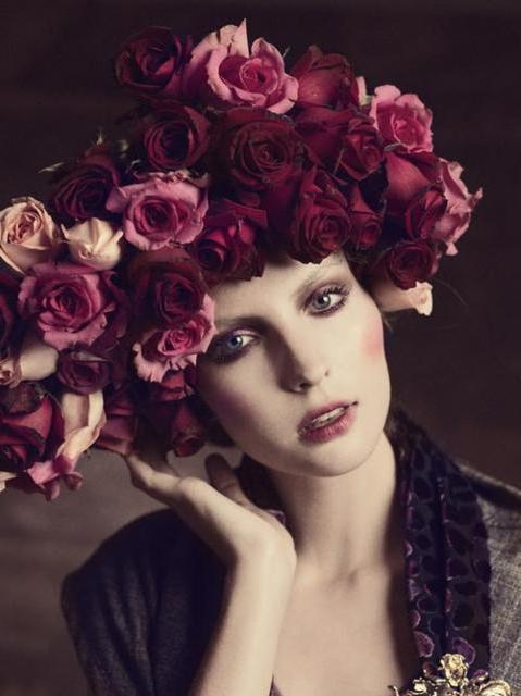 Девушка с розами, оригинал
