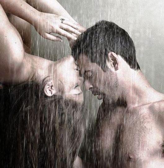 Любовь и страсть под дождём,