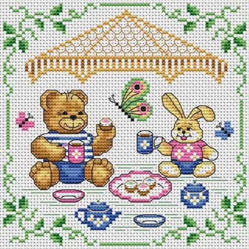 Чаепитие игрушек, медвежата