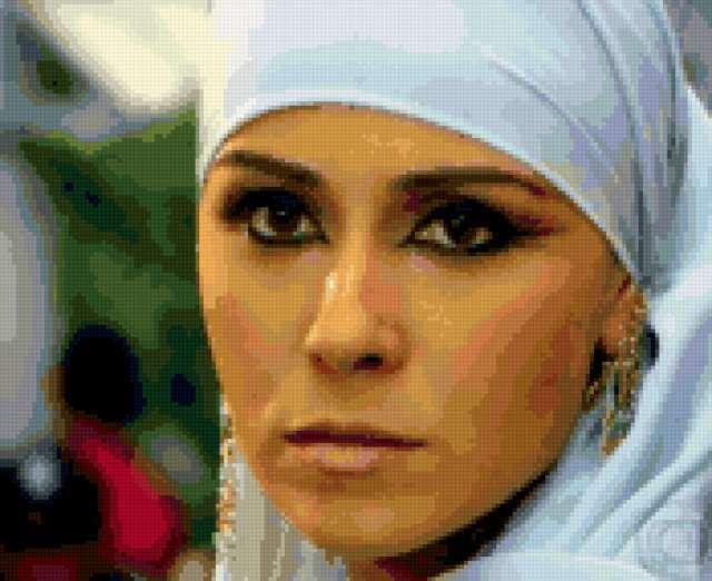 Бразильская актриса.