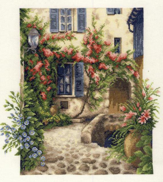 Уютный дворик,