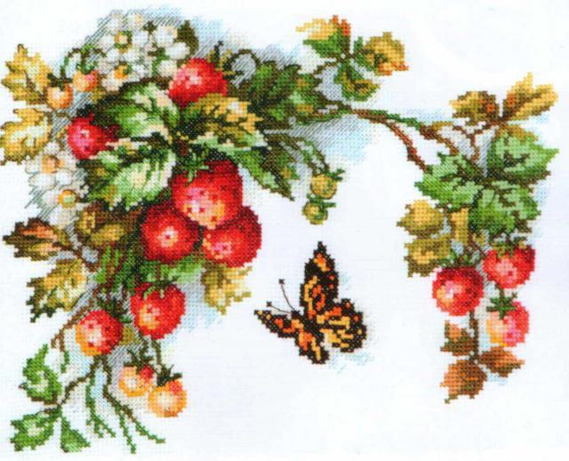 Бабочка и клубника, ягоды,