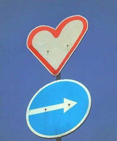 сердце, дорожные знаки,